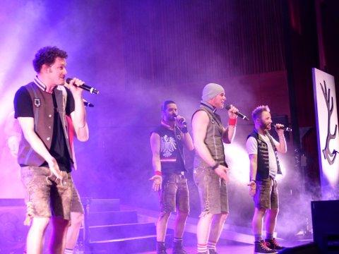 voXXclub auf geiler Himmelblau-Tournee