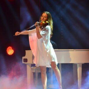 Nackt franziska wiese Sängerin Franziska