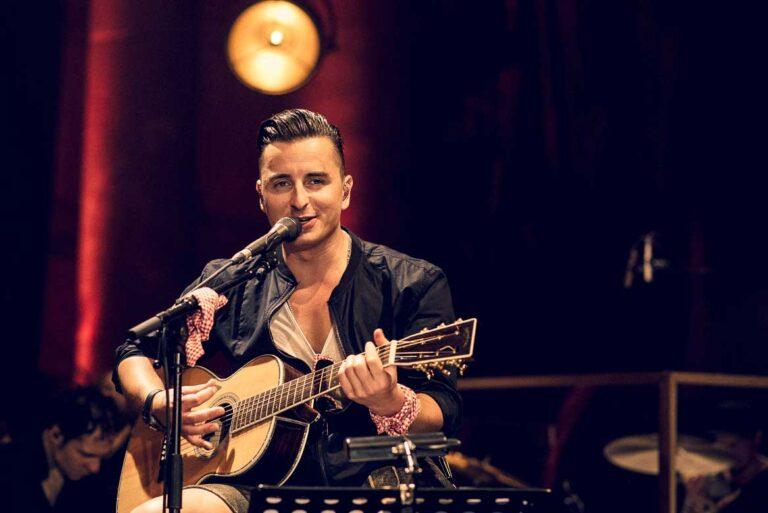 Andreas Gabalier spielt MTV Unplugged