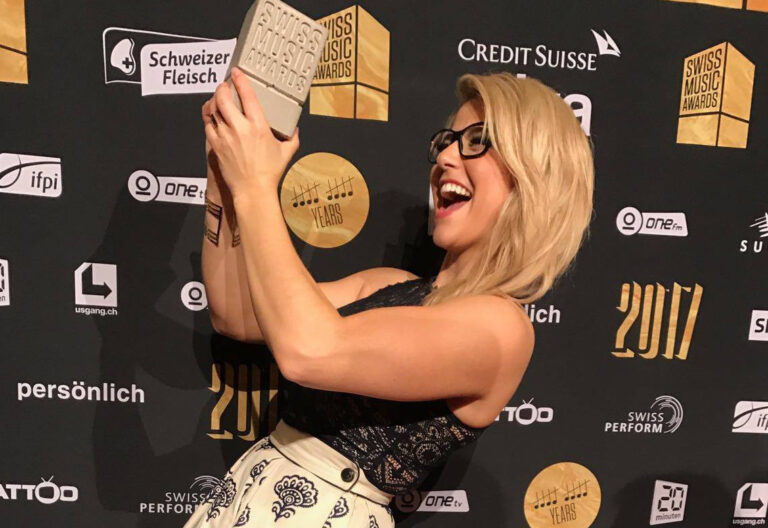 Beatrice Egli gewinnt den SWISS MUSIC AWARD