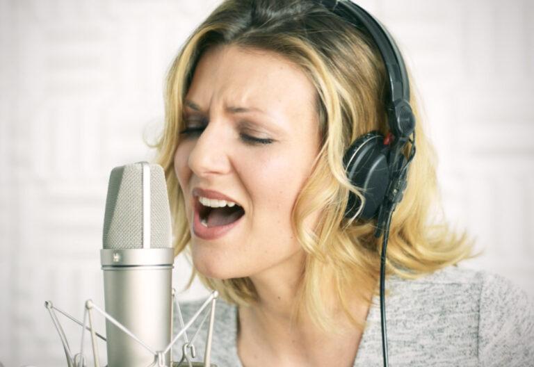 """Ella Endlich präsentiert Video zu """"Ein goldener Käfig"""""""