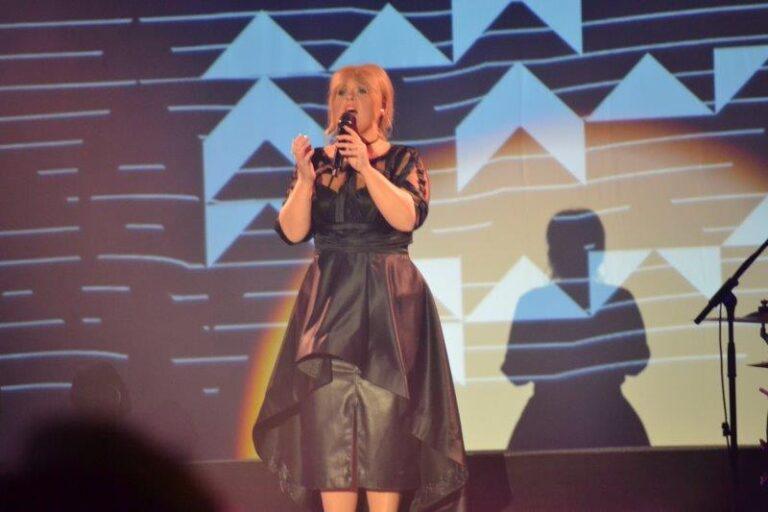 Maite Kelly stellt den Musical Dome in Köln auf den Kopf