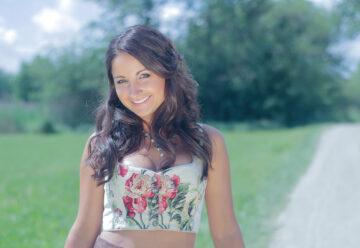 Eva Luginger – Mit Vollgas in den Sommer