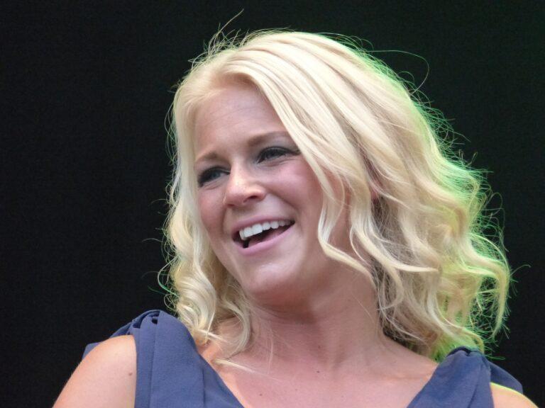 Julia Lindholm – Das blonde Gold aus Schweden