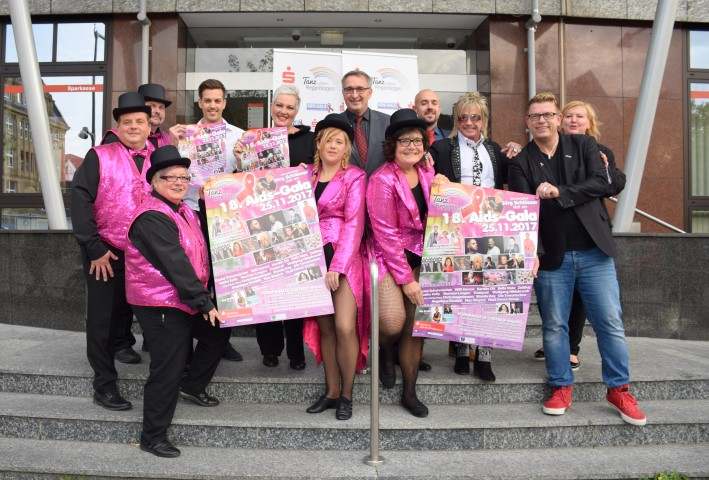 """""""Tanz unterm Regenbogen"""" – die AIDS-Gala wird volljährig"""