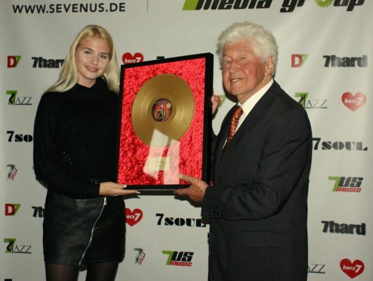 Goldener Life-Time-Award für Gotthilf Fischer