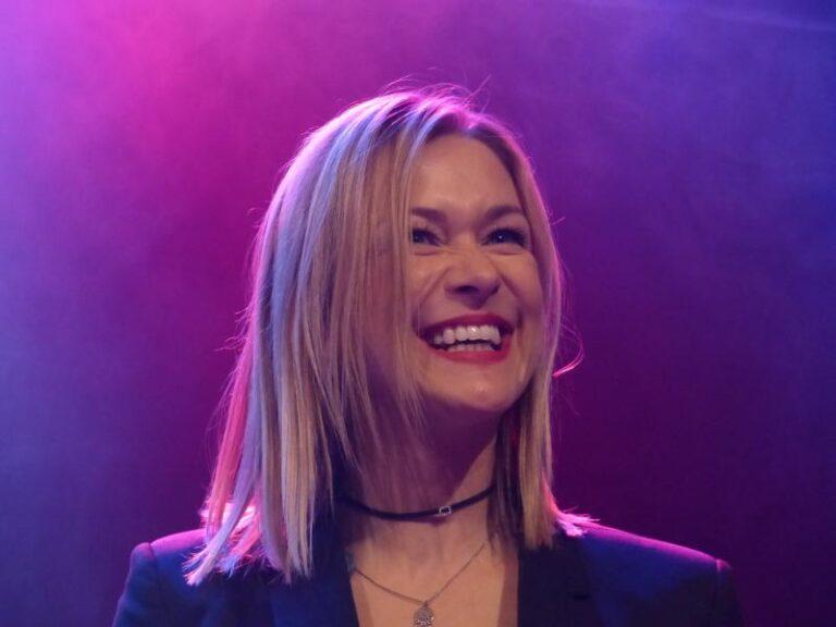 Sonnenkind Linda Hesse begeistert die Fans in Bielefeld