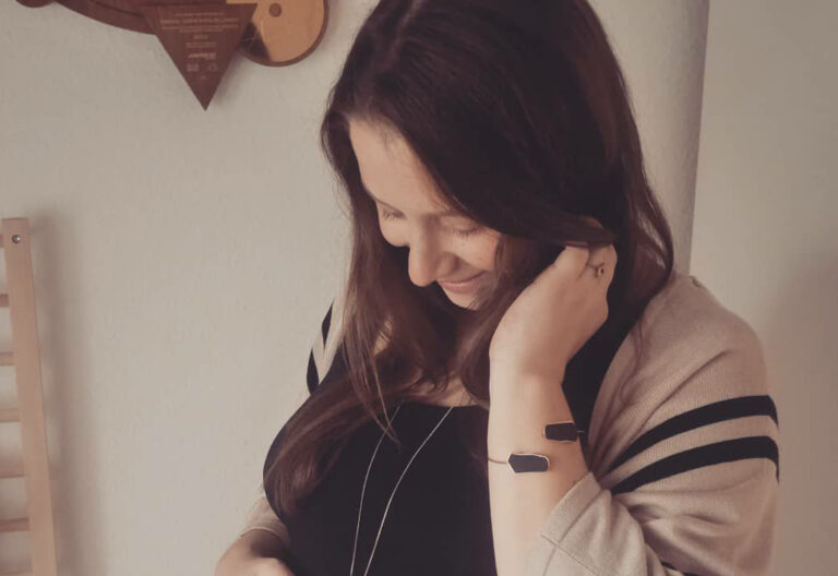 Sängerin Oonagh fiebert der Geburt ihres Kindes entgegen