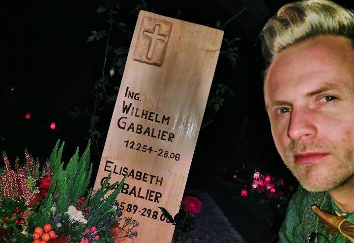 Andreas und Willi Gabalier gedenken Vater und Schwester