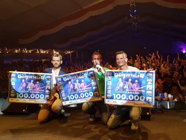 Die Grubertaler krönen ihr Jubiläumsjahr mit Party-Album