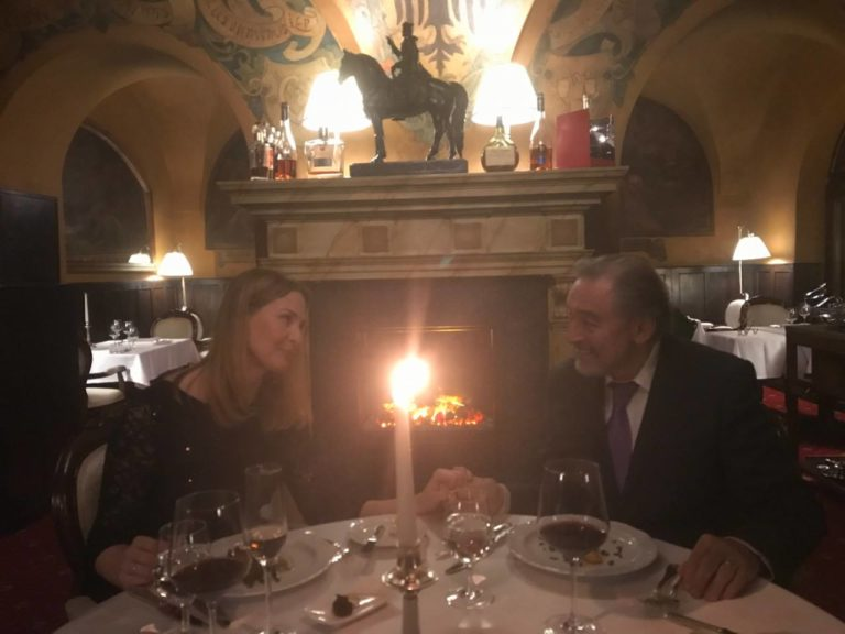 Karel Gott feiert Hochzeitstag mit seiner Ivanka