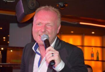 Frank Neuenfels feiert drittes Fan- & Freunde-Treffen
