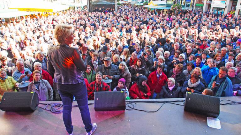 Claudia Jung erhält Bierorden der Stadt Einbeck