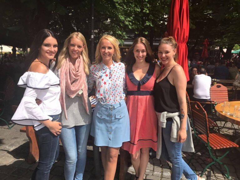"Kristina Bach präsentiert neue Girlband ""Lichtblick"""