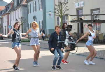 Flashmob in Bad Arolsen zur neuen Single von Uwe Busse