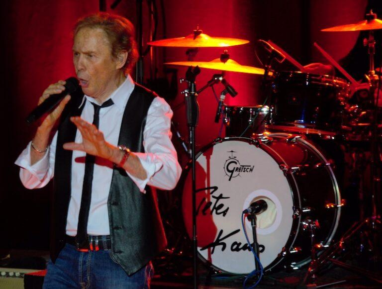 Peter Kraus bringt den Rock'n Roll an die Donau
