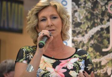 Claudia Jung – Toller Einstieg in die Charts