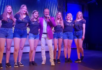 Feierlaune bei Stefan Micha und Freunden