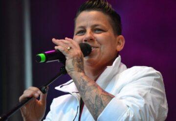 Kerstin Ott: Homophober Angriff auf die Sängerin!
