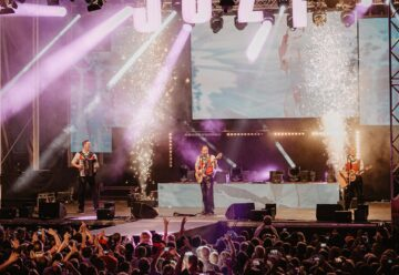 Die jungen Zillertaler: Prominente Unterstützung zum 25-jährigen Bühnenjubiläum