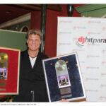 """Frank Lars mit seinen Auszeichnungen für """"Weißt Du, was Du für mich bist"""" 2011"""