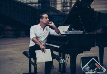 Alex Christensen: Warum sein Album das perfekte X-Mas-Geschenk für jeden Schlagerfan ist!