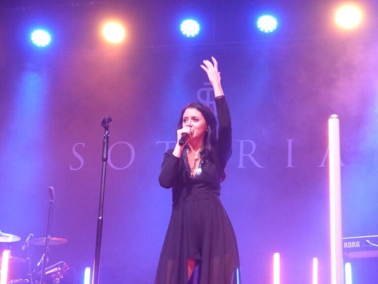 Sotiria: Mutige Bekenntnisse auf der Bühne