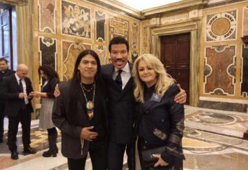 Supertalent-Gewinner Leo Rojas spielte im Vatikan!