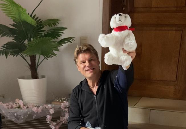 Frank Lars: Fanansturm wegen Eisbären
