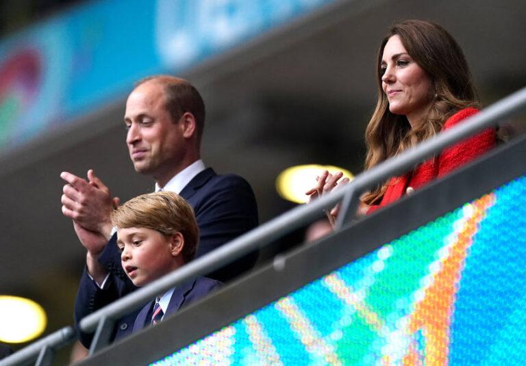 Prinz George: Kate hat es doch getan