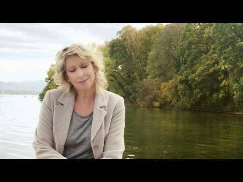 Claudia Jung – Manchmal wird es ganz still