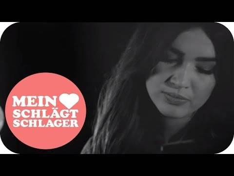 Julia Kollat – Blumen von Paris (Offizielles Video)