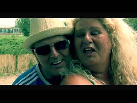 Antonio P  Wir sind der Sommer  ( offizielles Musik Video  )