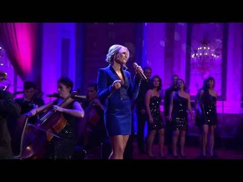 Helene Fischer | Driving home for Christmas (Live aus der Hofburg Wien)
