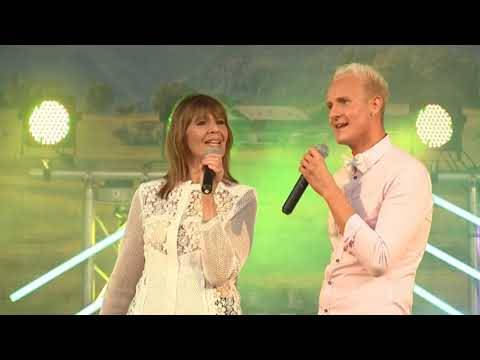 Justin Winter & Cindy Berger – Es ist immer alles gut (Live in Linne)