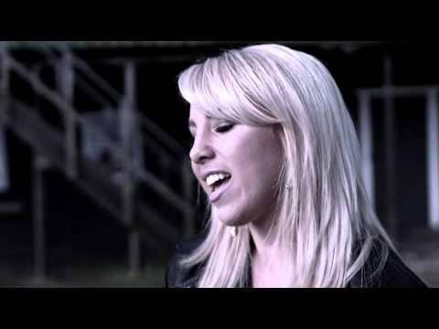 Annemarie Eilfeld – Dein Herz ist eine Geisterstadt (offizielles Video)