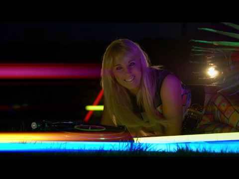Annemarie Eilfeld – Neonlicht (offizielles Video)