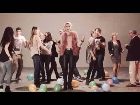 Claudia Jung – Alles Was Ich Brauche Bist Du (official Video)