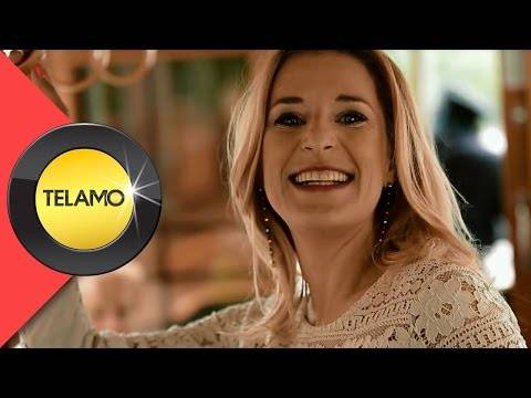 Stefanie Hertel – Plaun Bleibt Plaun (offizielles Video)