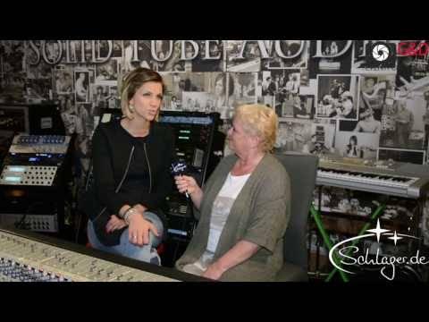 Zu Besuch bei ANNA MARIA ZIMMERMANN im Tonstudio